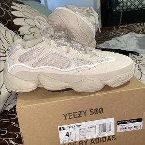 Shoes - 500 blush Yeezy for sale DM